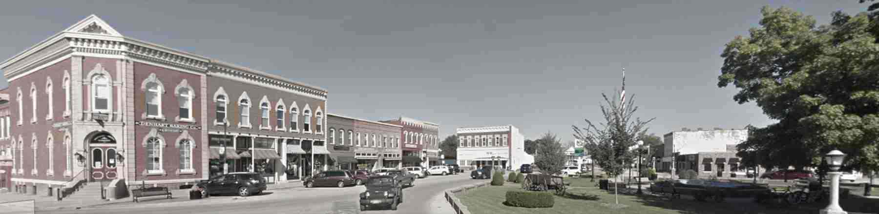 View of the Square in the town of Washington, IL where Essig Law Office is located